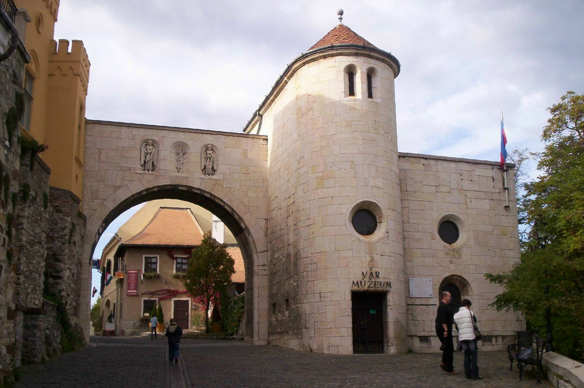 Veszprém castle/©ND/wikicommons