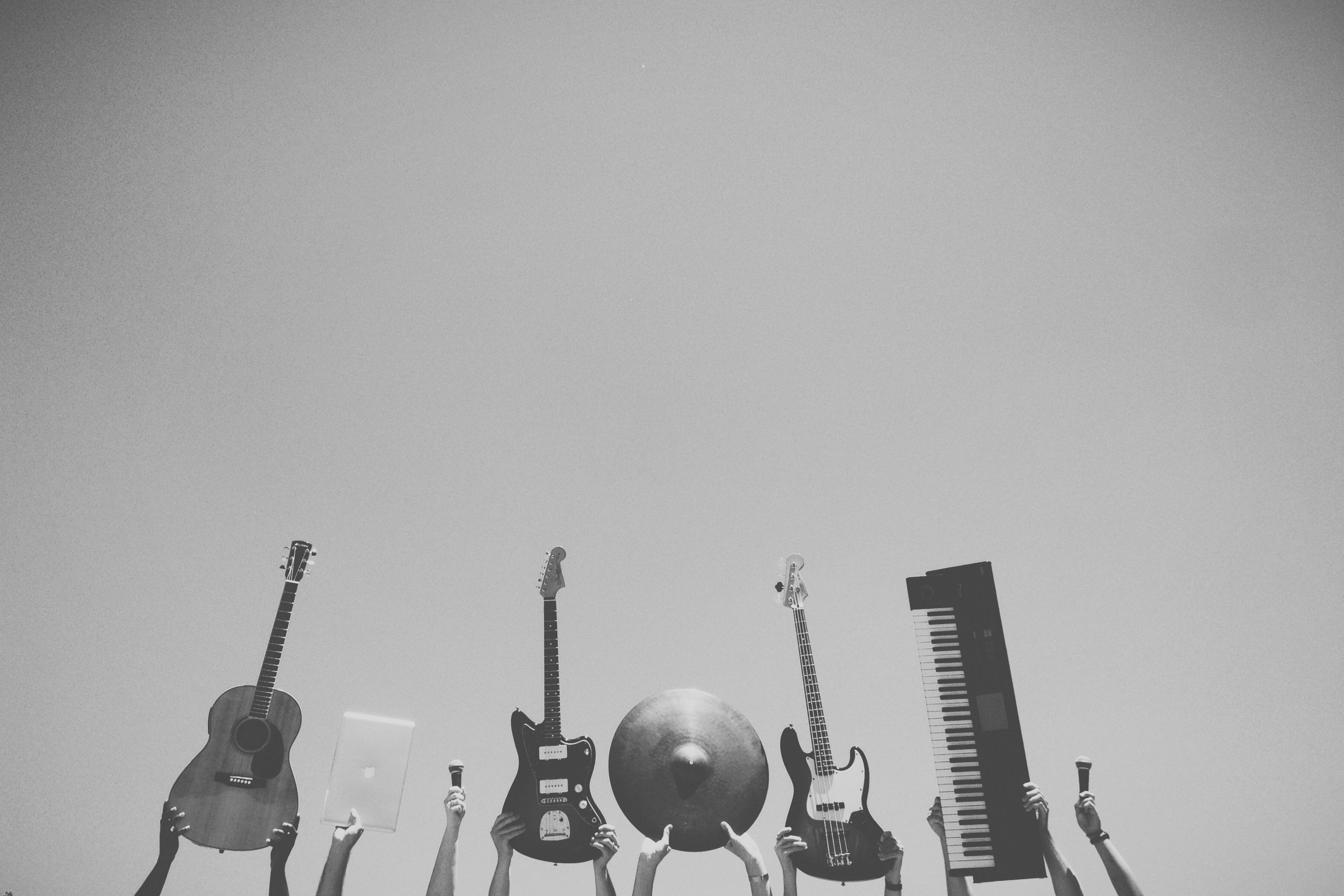 Music rock guitars musical instruments | © Unknown/Pexels
