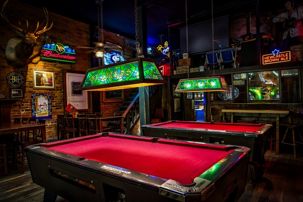 Wichita S Best Dive Bars Drinking In Kansas