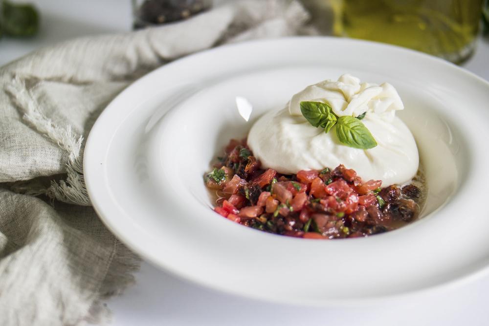 Burrata mozzarella with tomato tartare  ©LenaProkhorchuk/Shutterstock