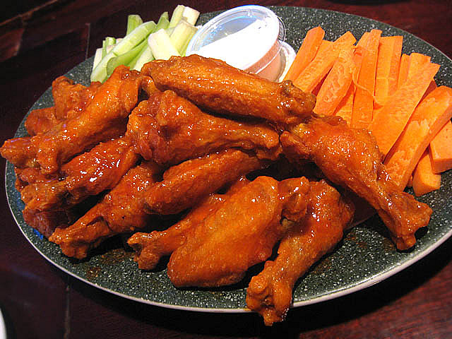 Chicken wings | © Jason Lam/Flickr