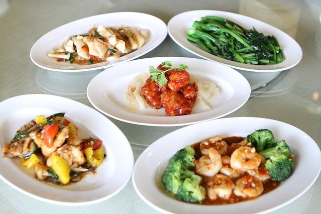 Chinese food © Nipapun/ Pixabay