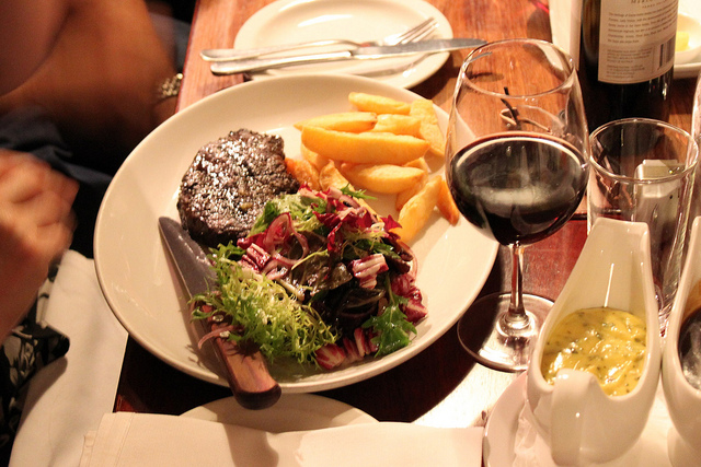 rib eye steak | © Tristan Kenney/Flickr