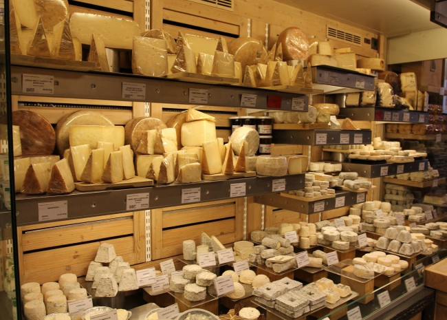 Fromagerie Laurent Dubois| © Diane Court /Flickr
