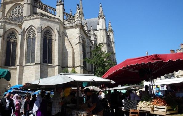 St Michel | ©Esther Millea/Flickr
