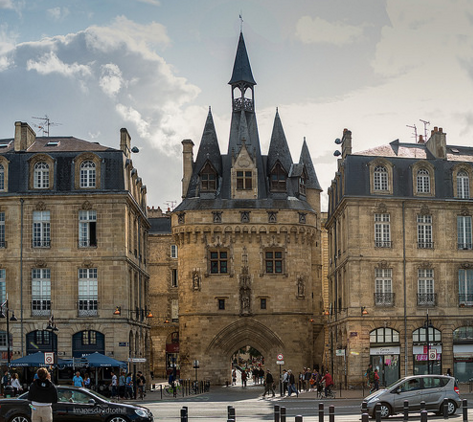 10 things to do in old town bordeaux. Black Bedroom Furniture Sets. Home Design Ideas