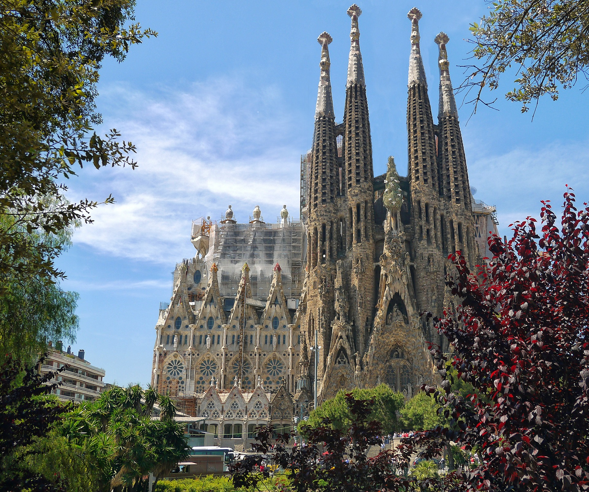 10 Gorgeous Perspectives Of The Sagrada Famlia