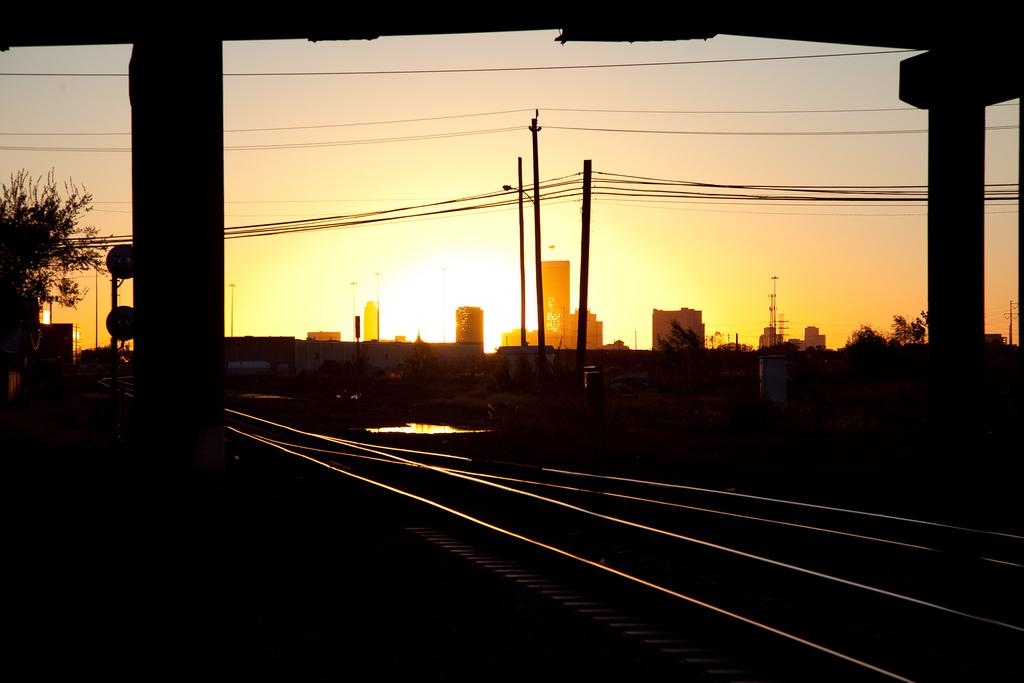Train Tracks in Houston, TX | © Ed Schipul/Flickr