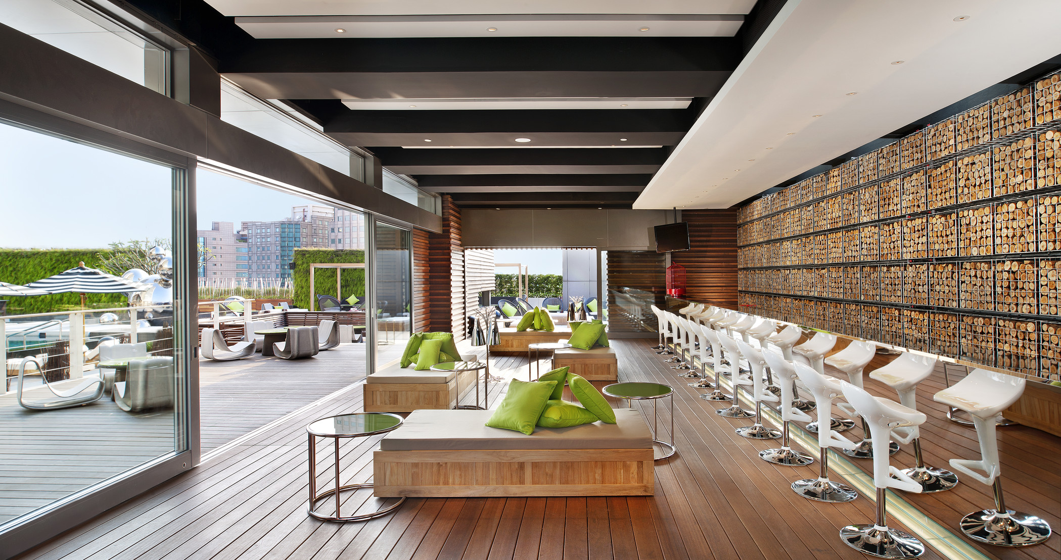 Best Rooftop Bars And Restaurants In Taipei Taiwan
