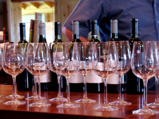 Dalton Winery © Ari Herzon