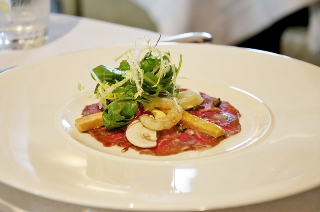 Beef carpaccio © Nick Webb/WikiCommons