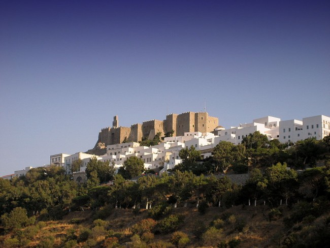 Chora and the Castle of Patmos © Chris Vlachos/WikiCommons