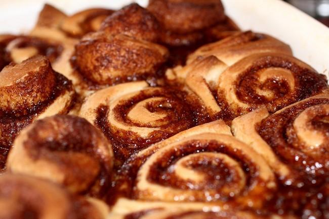 Cinnamon buns © Eric Petruno/WikiCommons
