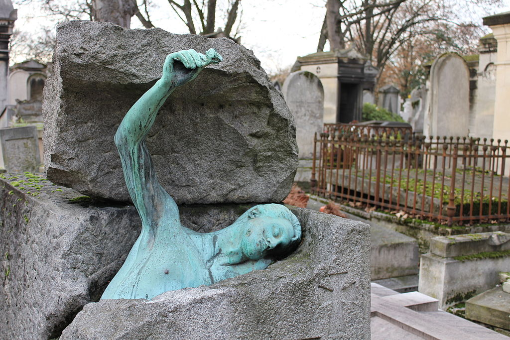 The Most Moving Monuments In Per 232 Lachaise Cemetery