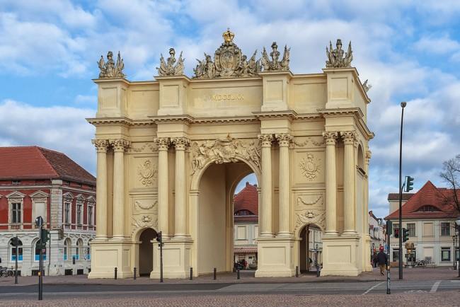 Brandenburger Tor in Potsdam | © AxelHH/Wikicommons