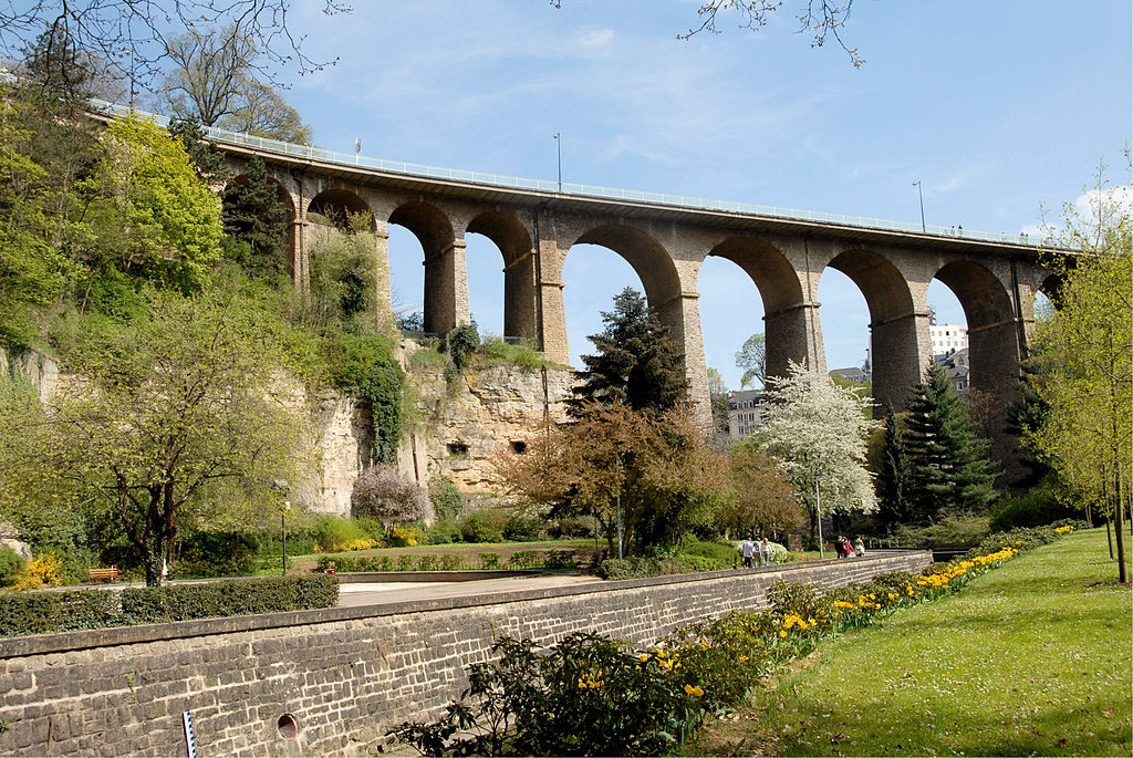 The Passerelle or Viaduc in Luxembourg City © Cayambe / WikiCommons