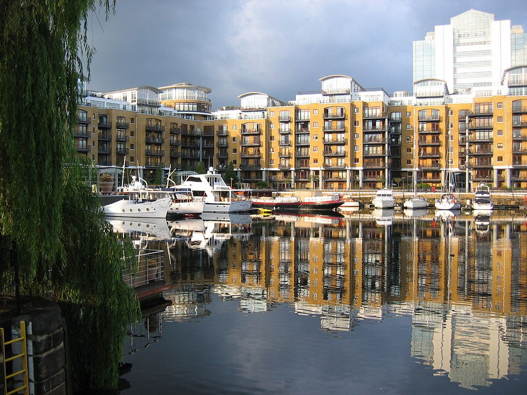 The City Quay Residential Development in St Katherine Docks | WikiCommons