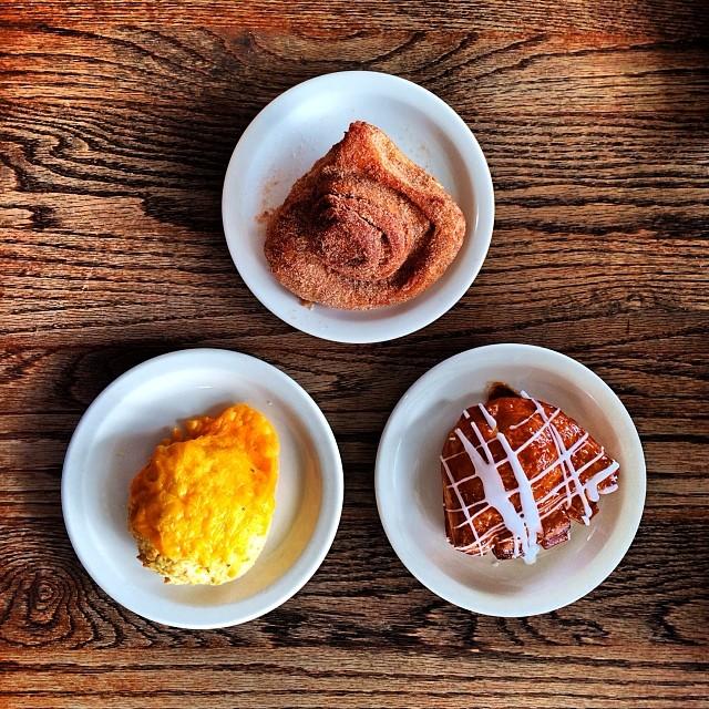 Baked Goods from Upper Crust Bakery | © Davis Staedtler/Flickr