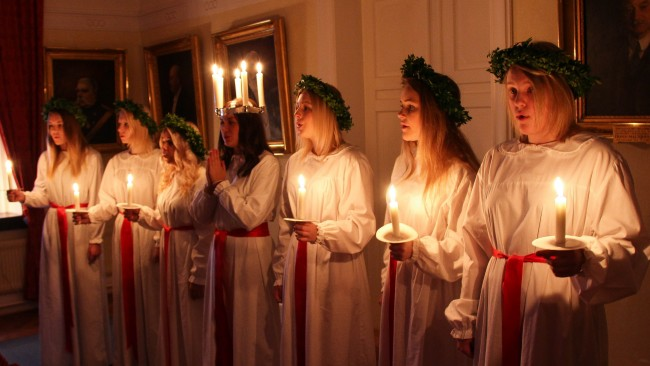 Chorus with this Years Lucia of Trelleborg | © Susanne Nilsson/Flickr