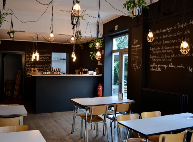 Cozy and minimalist | Courtesy of Onze Quatre-Vingt Bistrot Urbain