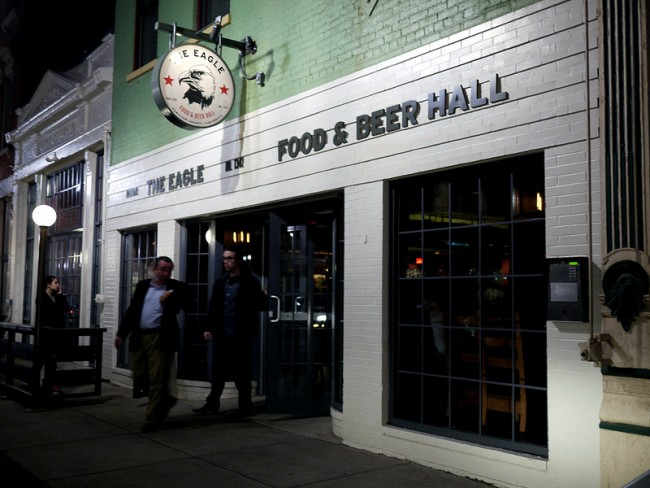 The Eagle Food and Beer Hall   © 5chw4r7z/Flickr