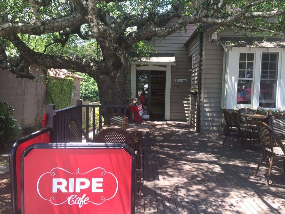 Ripe Café   © Tegan Sellick