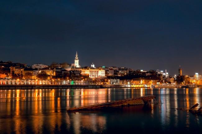 Belgrade at Night   © Mladen Coko/Flikr