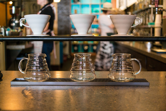 Pour over coffee | © Nan Palmero/Flickr