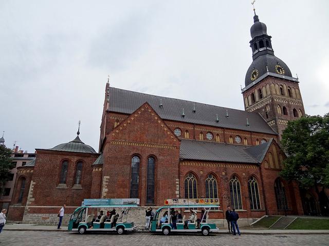 Daugavpils cathedral I © Groundhopping Merseburg/Flickr