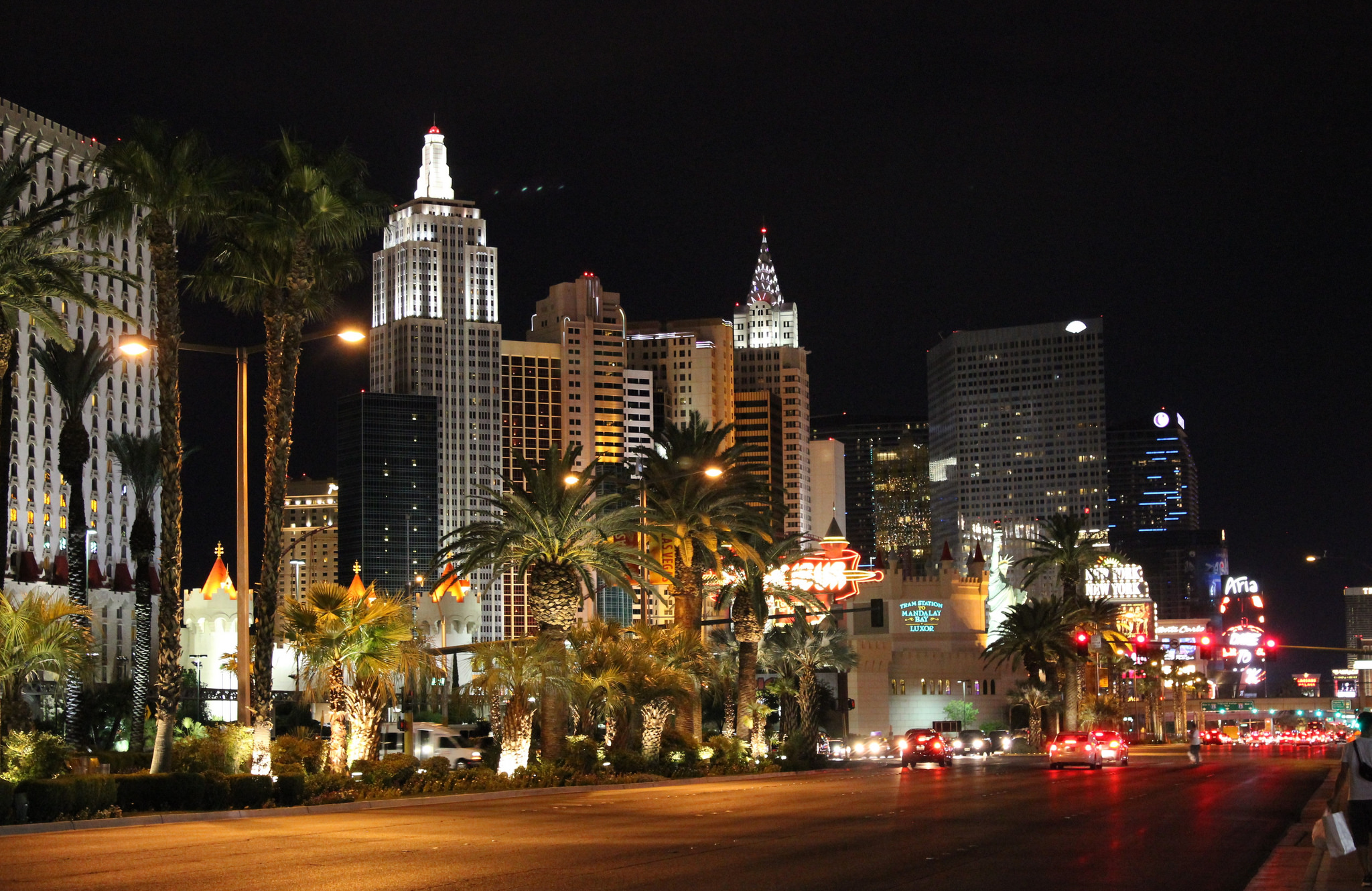 10 amazing things to see and do in las vegas. Black Bedroom Furniture Sets. Home Design Ideas