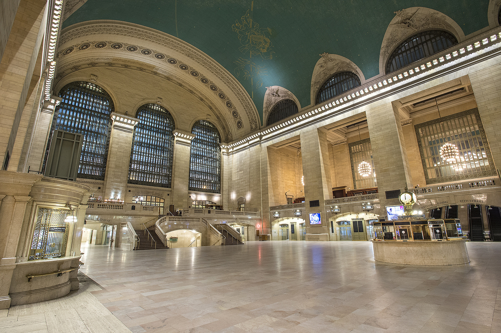 Blizzard of 2015: Empty Grand Central Terminal | © Metropolitan Transportation Authority of the State of New York/Flickr