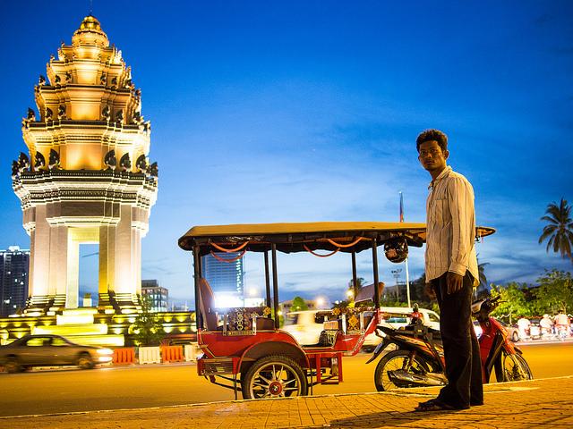Tuk Tuk in Phnom Penh I © Ariel Leuenberger/Flickr
