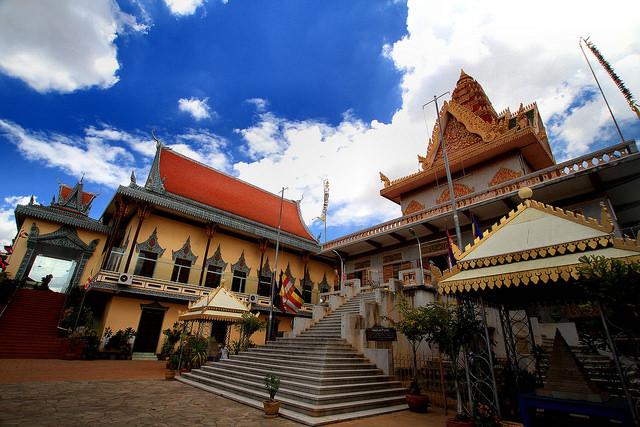 Wat Phnom l © Phalinn Ooi/Flickr