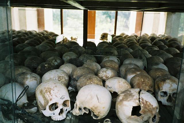 The Killing Fields of Choeung Ek l © Phil Whitehouse/Flickr