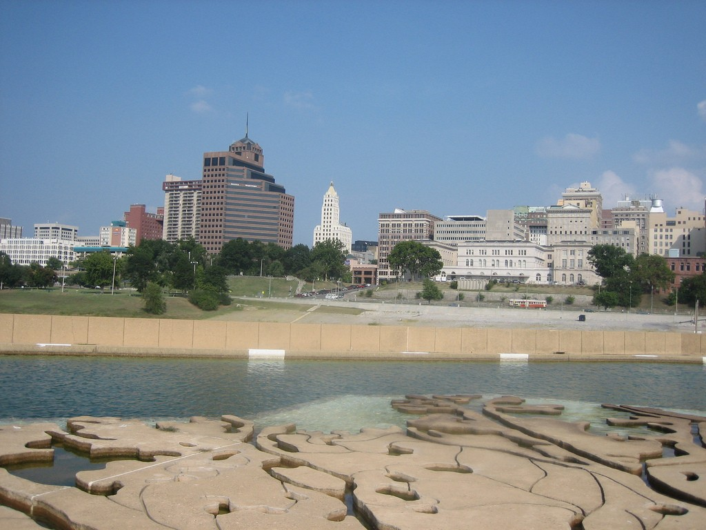 Memphis from Mud Island Park © Ben W / Flickr