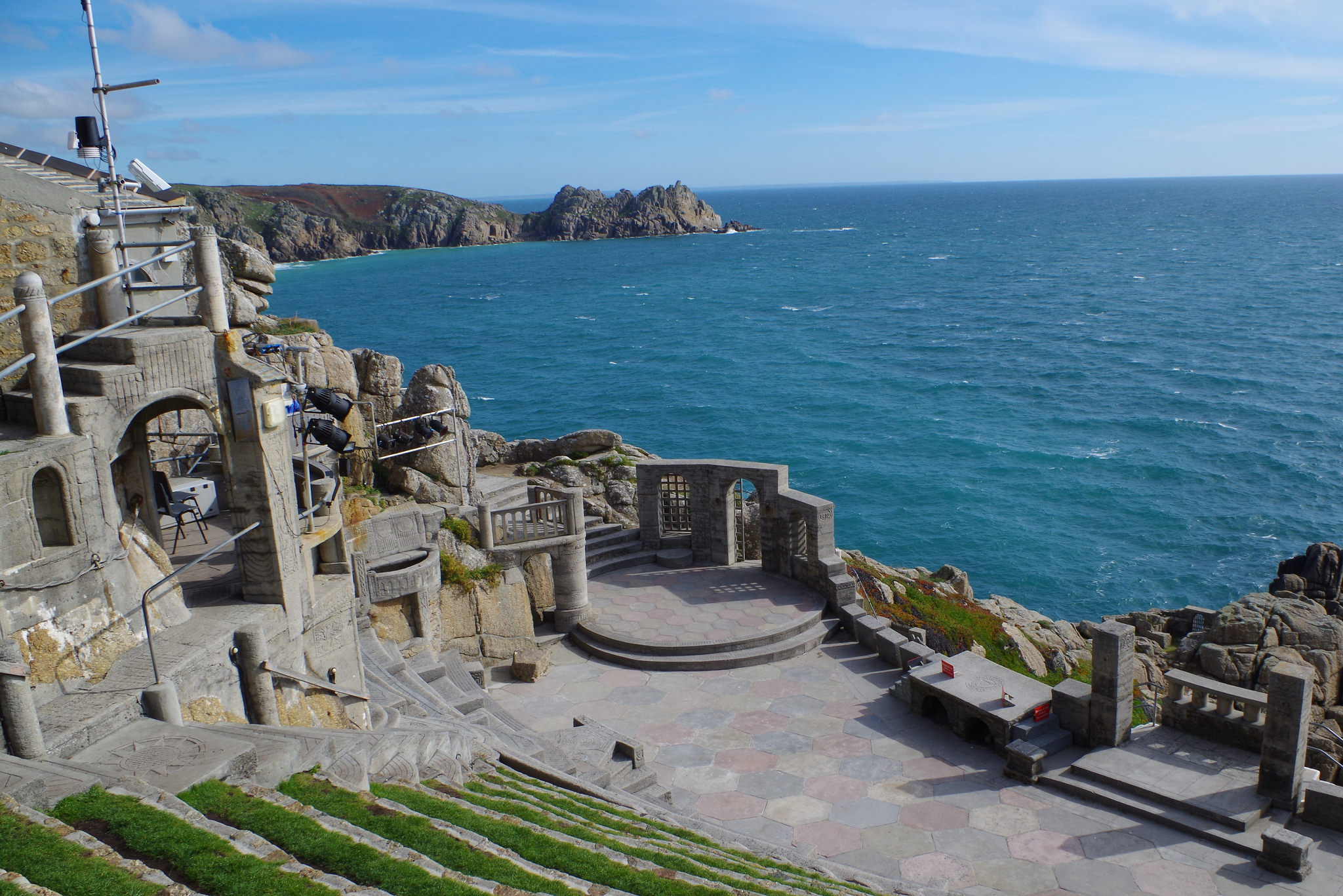 Minack Theatre in Penzance | © Luke McKernan / Flickr