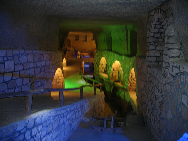 Kariz Underground City |© Ivan Mlinaric /Flickr