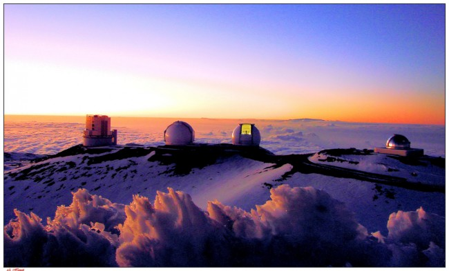 Telescopes of the Mauna Kea Observatory, Hawaii | © Alan L./Flickr