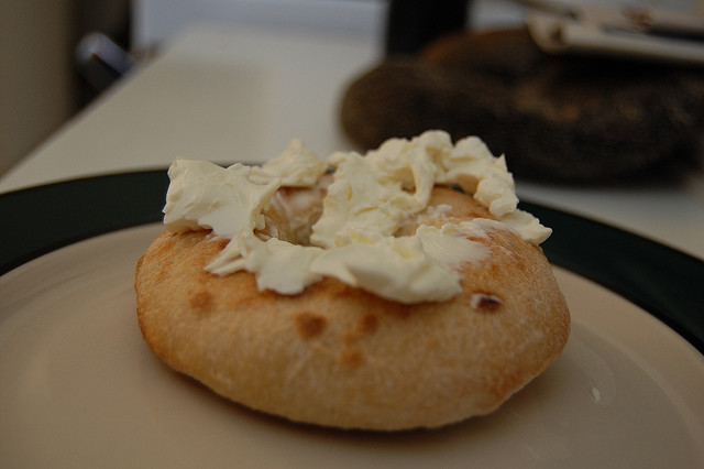 Bialy with Cream Cheese ©stu_spivack/Flickr