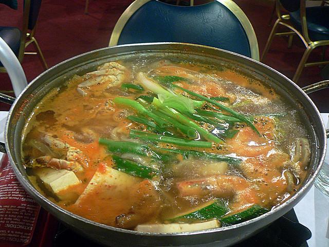Seafood hotpot | © stu_spivack Flickr