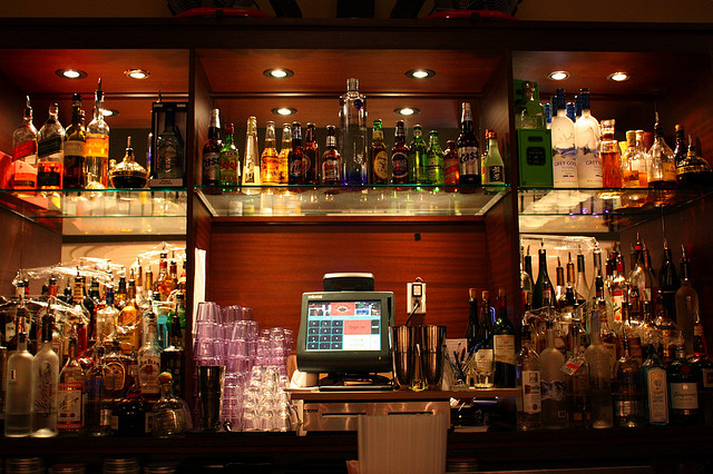 Behind the Bar | ©Mr.TinDC/Flickr