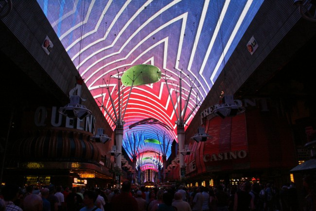 Fremont Street Experience © Dave Alter/Flickr