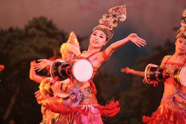 Tang dynasty dancing I © larique/Flickr