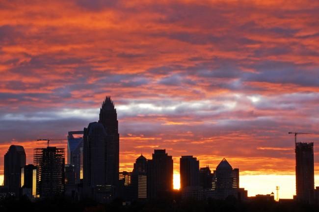 Nearby Charlotte Skyline © James Willamor | Flickr