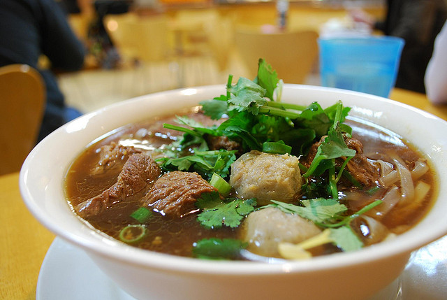 Thai Beef Noodle Soup - Spicy Noodle | © Alpha/Flickr