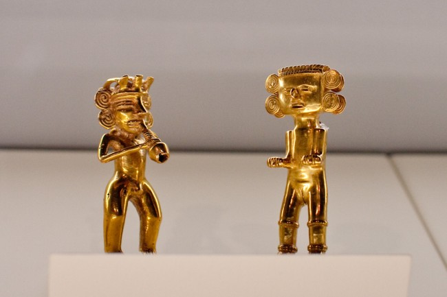 Figures at the Pre-Columbian Gold Museum © Kenneth Lu/Flickr
