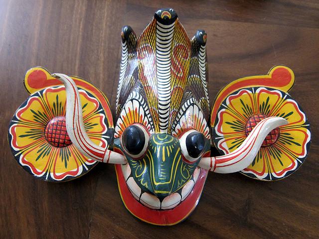 Traditional Sri Lankan demon mask | © Indi Samarajiva/Flickr