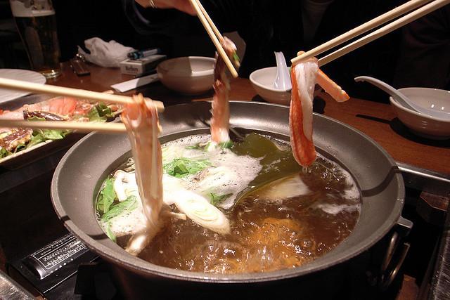 kani-shabu in Hokkaido   © w00kie/Flickr