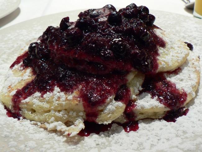 Blueberry Ricotta Pancakes|©Stuart_spivack/Flickr