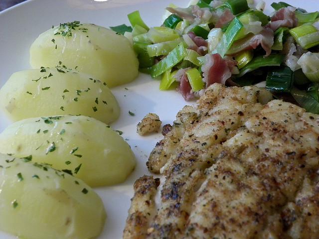 Cod Fish & Vegetables [ © Rool Paap Flickr ]